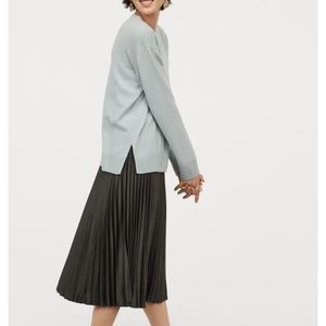 Calf lenght skirt